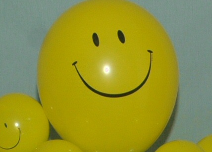 smiley face bouquet by SAMMY J Balloon Creations