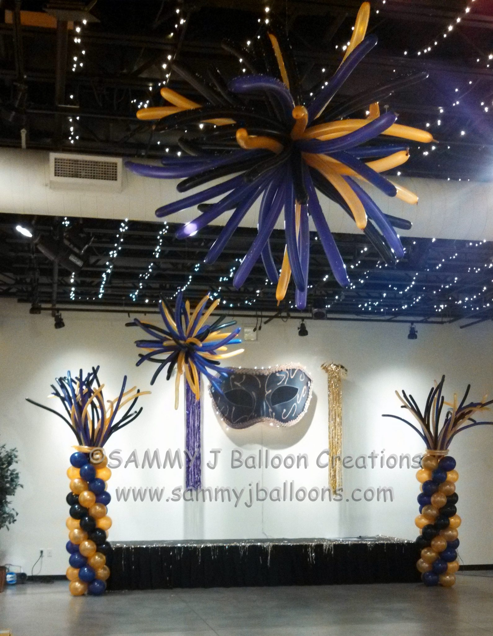stage balloons