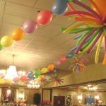 Linking balloons & pom pom