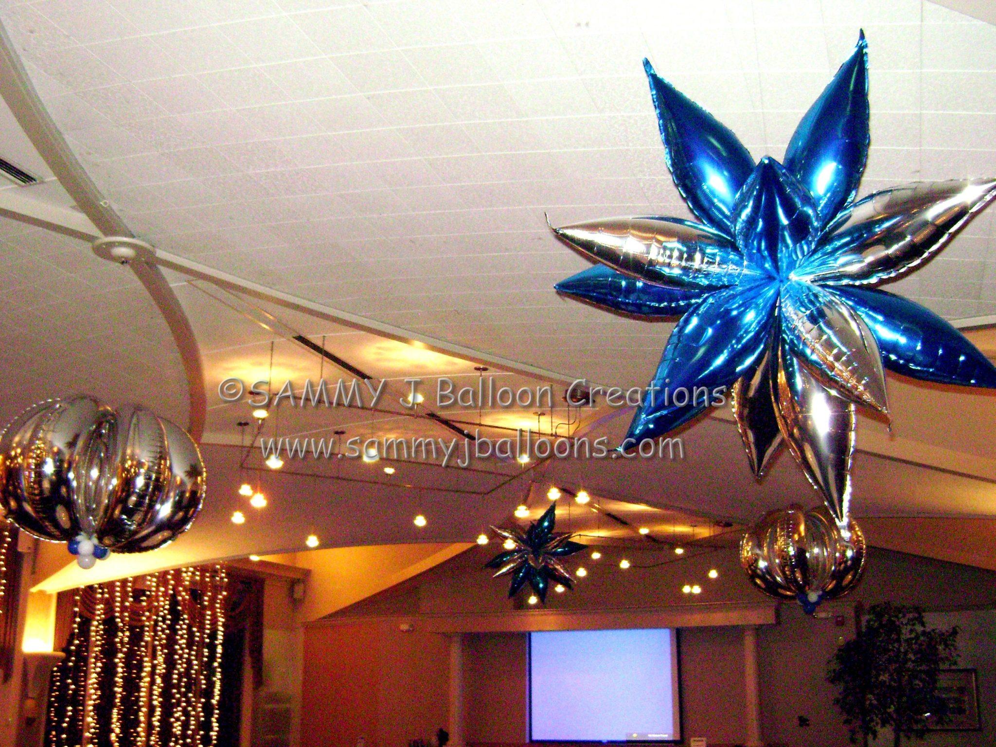 SAMMY J Balloon Creations st louis balloons foil star