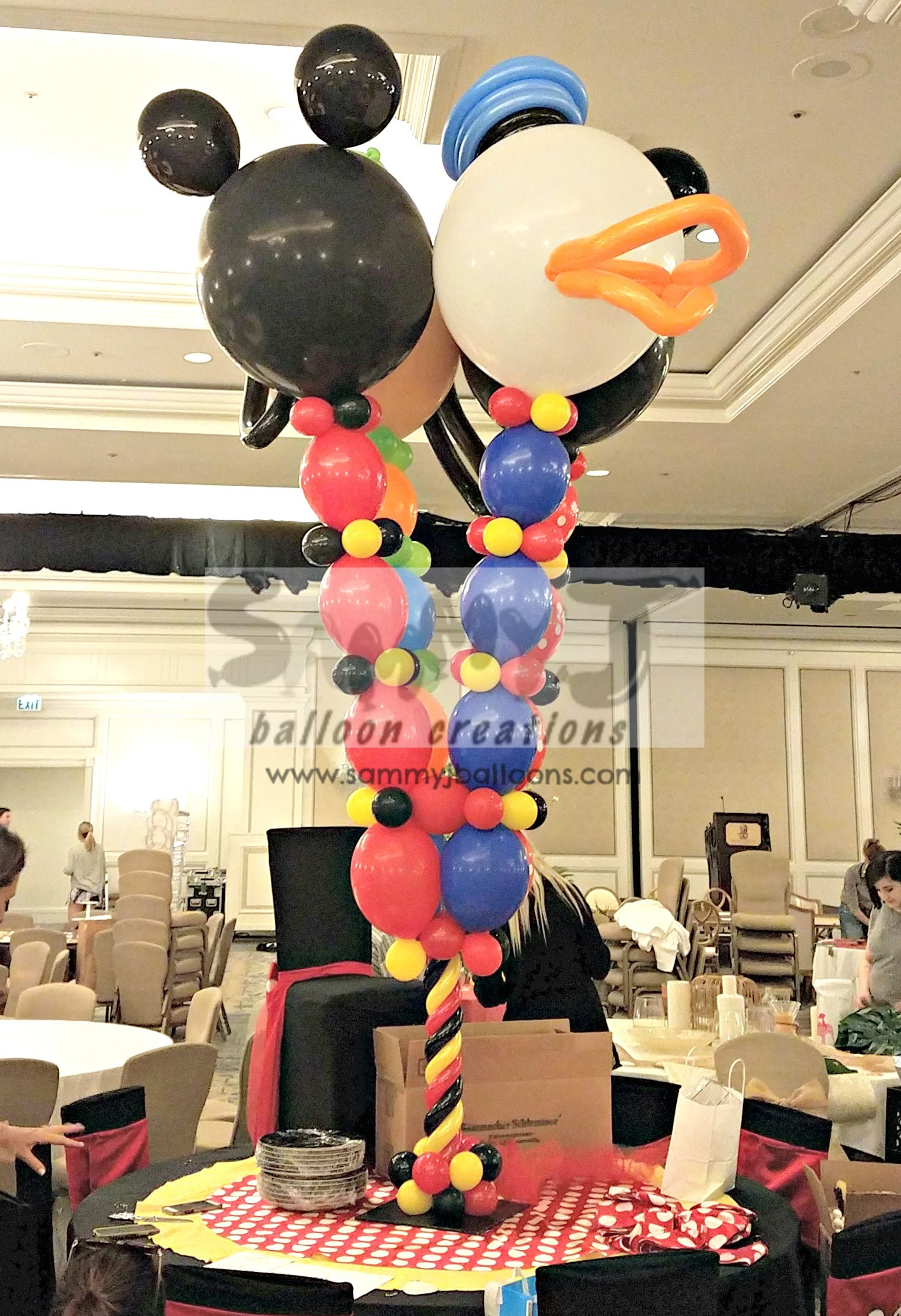 SAMMY J Balloon Creations st louis balloons disney mickey minnie centerpiece