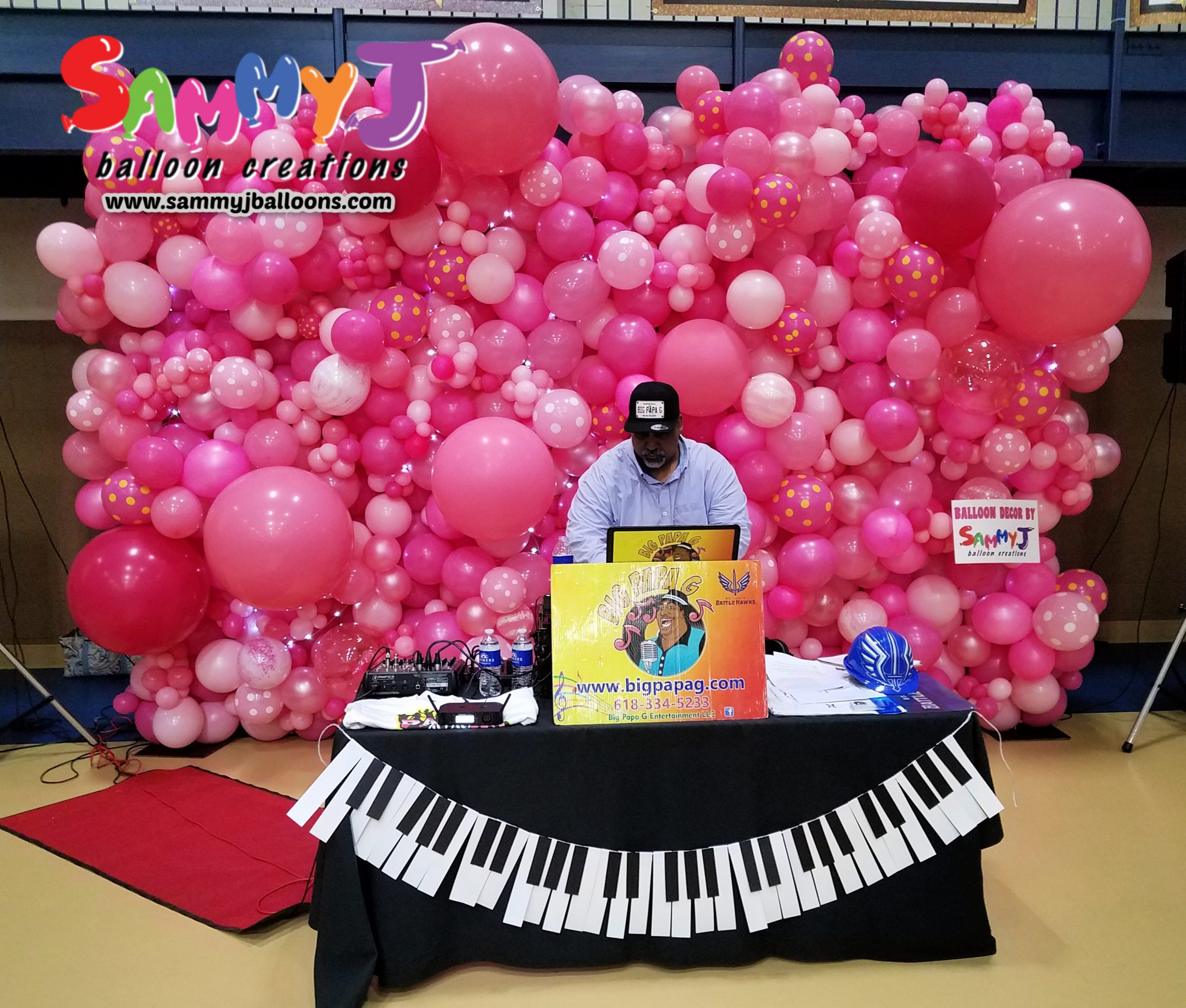 SAMMY J Balloon Creations st louis balloons organic pink wall backdrop